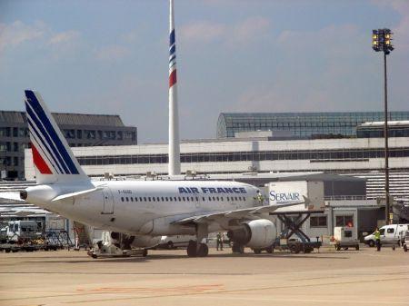 1307-78447-transport-aerien-le-cameroun-1ere-destination-de-la-france-en-zone-cemac-en-2019_m.jpg